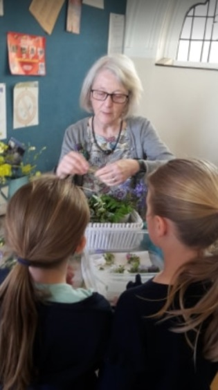St Aelred's Creation Celebration Posy Making